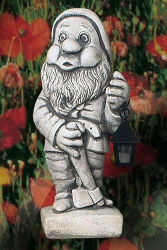Enanito de jardin con farol y hacha ref e005 for Jardin con enanitos