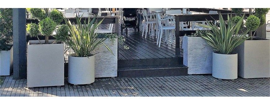Jardineras de piedra artificial CUBIC